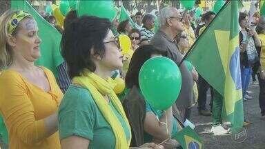 Região registra manifestações a favor do impeachment da presidente afastada - Confira onde eles correram neste domingo.