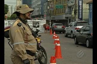 Motoristas e pedestres enfrentam transtornos no trânsito na área de São Brás, em Belém - Tráfego foi intenso na volta às aulas nesta segunda-feira (1º).