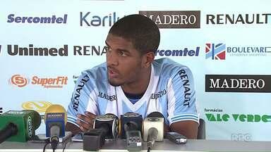Londrina fecha primeiro turno da Série B contra o Bragantino - Durante os treinos desta segunda, um novo atacante foi apresentado ao time.