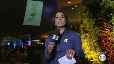 Rio de Janeiro recebe o congresso anual do COI - Essa é uma noite de festa, Com apresentação da orquestra sinfônica brasileira e de vários artistas entre eles a cantora Daniela Mercury.