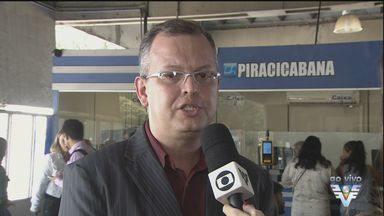 Prazo para troca do cartão transporte termina nesta sexta-feira - Cartão é utilizado para fazer a integração entre o VLT e os ônibus intermunicipais na Baixada Santista.