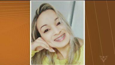 Polícia pertences de jovem desaparecida em Registro - Janaína Santos sumiu após sair do trabalho, no dia 28 de julho. A bolsa e os objetos da jovem foram encontrados embaixo de uma ponte.