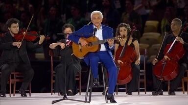 Paulinho da Viola canta o hino brasileiro na abertura dos Jogo Olímpicos Rio 2016 - Paulinho da Viola canta o hino brasileiro na abertura dos Jogo Olímpicos Rio 2016