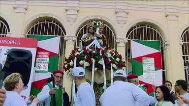 Festa de Nossa Senhora da Achiropita começa neste sábado (6) - Começou neste sábado (6), uma das festas mais tradicionais de São Paulo, da padroeira do Bixiga, Nossa Senhora da Achiropita.