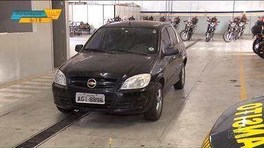 Carro apreendido em Maringá tem mais de R$ 200 mil em multas - A maioria das multas é por estacionamento irregular e excesso de velocidade.