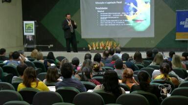 Seminário de Educação Fiscal e Empresarial é realizado em Santarém - Evento teve como finalidade informar aos empresários de Santarém e região de que forma podem estar legais no que se refere a procedimentos fiscais.