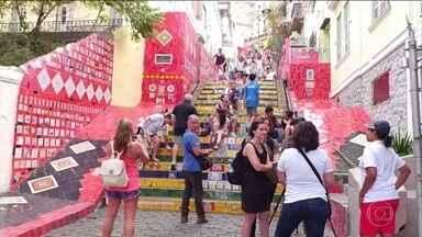 Um milhão de visitantes estão na cidade - Diferentes sotaques a mesma paixão