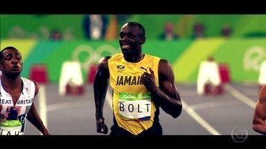 """Veja Usain Bolt correndo ao som de Bob Marley - A prova dos 100 metros rasos dura menos de dez segundos. Mas o RJTV decidiu mostrar a corrida que consagrou Usain Bolt no ritmo do reggae, com a canção """"One Love"""", de Bob Marley, a favorita do velocista."""