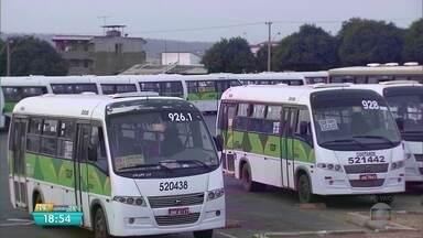 Micro-ônibus da Cootarde estão parados em Ceilândia - Isso deixou a volta para casa difícil em Ceilândia e no Riacho Fundo.