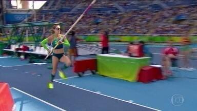 Fabiana Murer não passa no salto com vara e está fora dos Jogos - Fabiana Murer não consegue ultrapassar os 4 m e 55 cm em três tentativas no Salto com Vara feminino, e está fora dos Jogos Olímpicos do Rio.