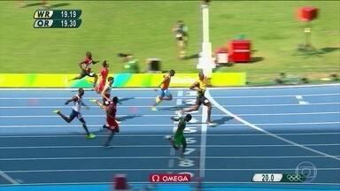 Usain Bolt mostrou que está muito além dos adversários no atletismo - Outro medalhista de ouro destes jogos mostrou, mais uma vez, que está muito acima dos adversários. O jamaicano Usain Bolt foi uma das atrações do dia no atletismo.