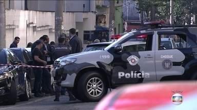 Assalto a transportadora assusta moradores de Santo André (SP) - O assalto aterrorizou os moradores do ABC Paulista nesta madrugada (17). Foram tiros, explosões, carros e caminhões incendiados.