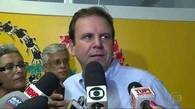 TRE-RJ proíbe repasses a comitê e pode faltar dinheiro para Paralimpíada - Eduardo Paes anunciou que pode repassar R$ 150 milhões ao Comitê Rio 2016. Segundo o TRE-RJ, a lei proíbe a doação de bens gratuitamente em anos de eleição.