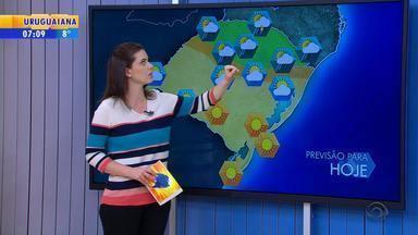Tempo: chuva pode atingir Regiões mais próximas à SC - Pode haver trovoadas e ventos fortes.