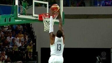 Estados Unidos atropelam a Argentina e encaram a Espanha na semi do basquete masculino - Estados Unidos atropelam a Argentina e encaram a Espanha na semi do basquete masculino