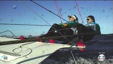 Martine Grael e Kahena Kunze disputam a medalha na vela - Elas dividem a liderança com outras três duplas na classe 49 ER FX.