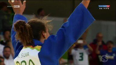 Olimpíada empolga moradores do Sul do Rio - Torcer pelo Brasil nos jogos passou a fazer parte da rotina de muitos moradores.