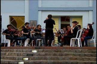 Chico Sá e Carlos Ruas participam de Festa Literária de Divinópolis - Evento segue até domingo (21) na cidade.
