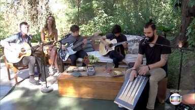 Scalene canta 'Surreal' - Banda comemora lançamento do primeiro DVD gravado em Brasília