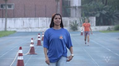 Ex-atleta comemora medalha conquistada em Pequim 2008 - Com a anulação da medalha de ouro do revezamento 4x100m russo na Olimpíada de Pequim 2008, na China, Rosemar Coelho e as outras três atletas do revezamento brasileiro ficaram com o bronze depois de oito anos.