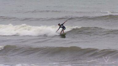 Veja como foi a etapa do Paulista de Surfe - Competição já revelou muita gente boa nas ondas.