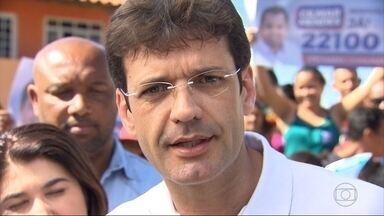 Marcelo Álvaro Antônio (PR) faz campanha no Barreiro, em BH - Candidato falou de prioridades caso seja eleito