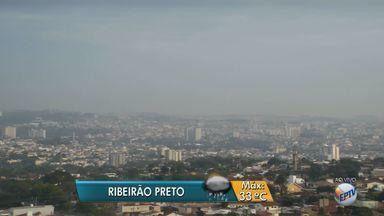 Previsão é de chuva para esta terça-feira (30) na região de Ribeirão Preto, SP - Meteorologistas preveem temperatura máxima de 33ºC.