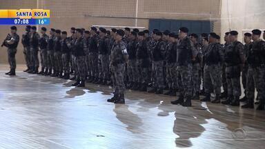 Policiais da Força Nacional de Segurança participam de formatura - Eles vieram ao RS para ajudar no combate à violência na capital.