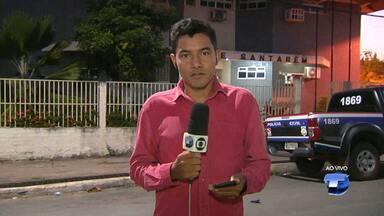 Operação da PM prende trio com 3,2 kg de oxi e maconha no Maracanã - Equipe do Serviço Reservado começou a monitorar o grupo após denúncias. Casa onde grupo foi preso estava sendo usada como ponto de droga.