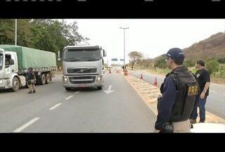 Fiscalização de jornada de trabalho de caminhoneiros é intensificada - Ultrapassar carga horária permitida pode ser motivo de acidentes.