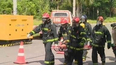 Operação simulação vazamento de gás em Manaus - Treinamento envolveu equipe dos Bombeiros e funcionários de companhia de gás.