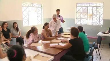 Donas de casa autônomas buscam qualificação em São João del Rei - Mulheres procuram cursos de capacitação para garantir novos clientes e renda extra no final do mês.