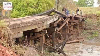 Ponte desaba e causa problema para produtores e estudantes - Ponte fica no município de Terenos. Moradores reclamam da situação.