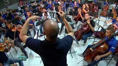 Orquestra Criança Cidadã comemora dez anos com concerto especial - Para comemorar a data, orquestra estará no Teatro Luiz Mendonça nesta sexta-feira