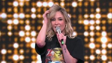 """Claudia Leitte canta """"Shiver down my spine"""" no palco do Tamanho Família - Confira a apresentação"""
