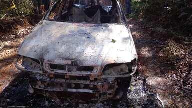 Vítimas de triplo assassinato são enterradas em Pitanga - As três pessoas eram da mesma família.