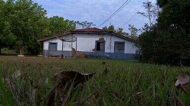 Casa que abrigou comitiva do Marechal Rondon precisa de restauração - Casa que abrigou comitiva do Marechal Rondon em Tangará precisa de restauração.