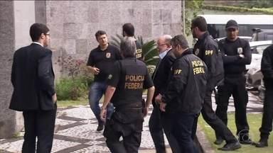 Léo Pinheiro volta a ser preso pela operação Lava Jato - O ex-presidente da OAS, cumpria liberdade provisória e foi preso nesta segunda-feira (5). O juiz Sérgio Moro considerou que existe risco à investigação e à ordem pública.