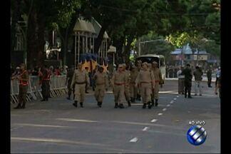 Desfile cívico militar é realizado na avenida Presidente Vargas, em Belém - As Forças Armadas estarão presentes no desfile, divididas entre Marinha do Brasil, Exército Brasileiro e FAB.