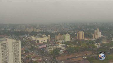 Temperatura fica baixa na região de Campinas durante o feriado - Temperatura fica baixa na região de Campinas (SP) durante o feriado. Em algumas cidades ainda há previsão de chuva nesta quarta-feira (7).