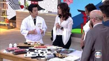Encontro recebe brasileiro que ganhou o concurso de melhor sushi no Japão - Celso Hideji fez dois tipos de sushi inspirados na culinária do Brasil
