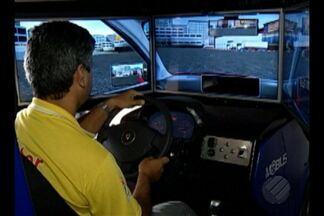 Belém conta com três simuladores de trânsito, mas nenhum deles começou a ser usado - No início do ano, entrou em vigor a resolução do Denatran que obriga os condutores a passarem por aulas em simuladores de trânsito.