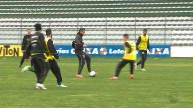 Juventude enfrenta o Macaé e precisa da vitória - Assista ao vídeo.