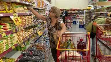 Cesta básica tem alta de 10% no semestre em Foz do Iguaçu - Procon recomenda ao consumidor pesquisar para escapar dos altos preços.