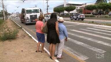 Falta de sinalização em avenidas de São Luís aumenta risco de acidentes - Nesta quarta-feira (14), uma idosa morreu atropelada ao tentar atravessar a rua.