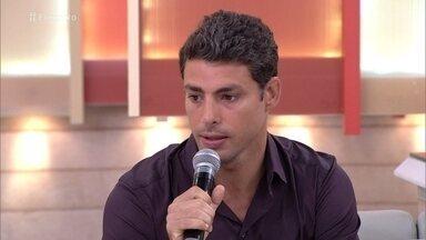 Cauã Reymond comenta parceria com Domingos Montagner - O ator confessa que ficou abalado com a morte do amigo