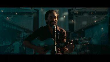 Firmino canta música para Fátima - Ele já não consegue esconder a paixão que sente pela doméstica