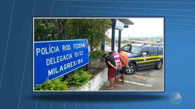 PRF prende três acusados de participação em quadrilha de assaltos a caminhões - Os homens foram presos na BR-116, trecho do município de Milagres.