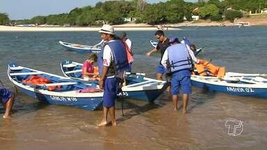 100 catraieiros prestam serviço durante o Sairé em Alter do Chão - São eles que fazem a travessia com segurança das pessoas da vila para Ilha do Amor.