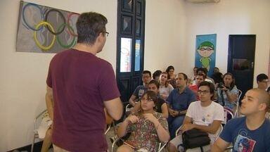 Oficina de cinema é realizada em Manaus - Atividade reuniu amantes da arte cinematográfica.
